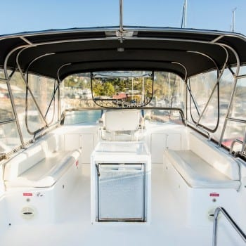 Whitsunday Escape power cruiser Integrity 35 Flybridge Seating