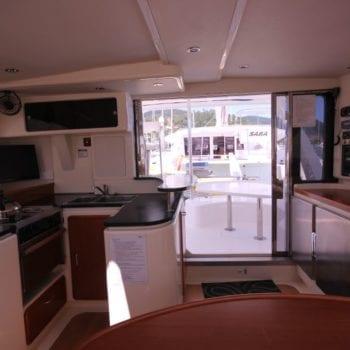 Whitsunday Escape sailing catamaran Leopard 40 Charter Boat Queensland