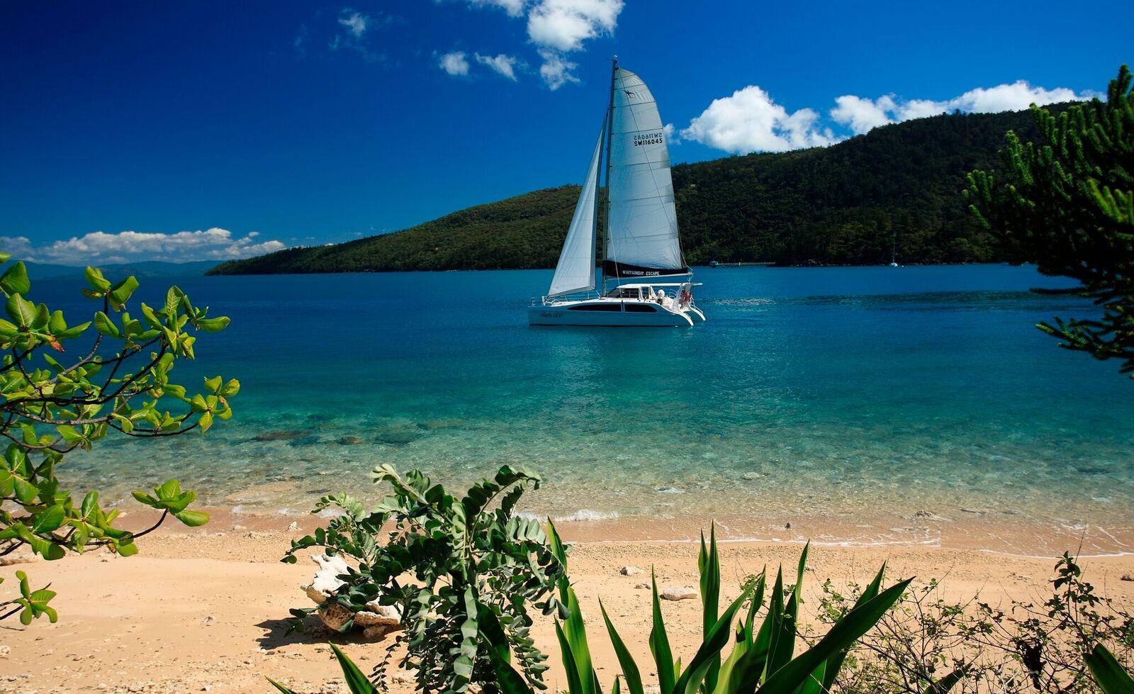 bareboatwhitsundays with Whitsunday Escape sailing and charter boat holidays
