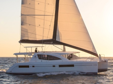 Leopard 48 Sailing sunset Whitsunday Escape catamaran yacht for hire