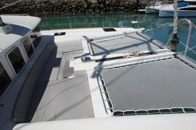 Whitsunday Escape Luxury Sailing Catamaran Lagoon 450 Flybridge for rent